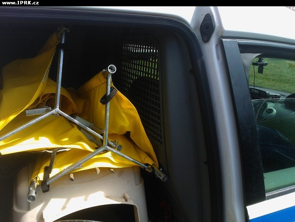 VW Caddy - Ostraha letiště Praha