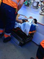 Pacientka po předání posádce záchranky